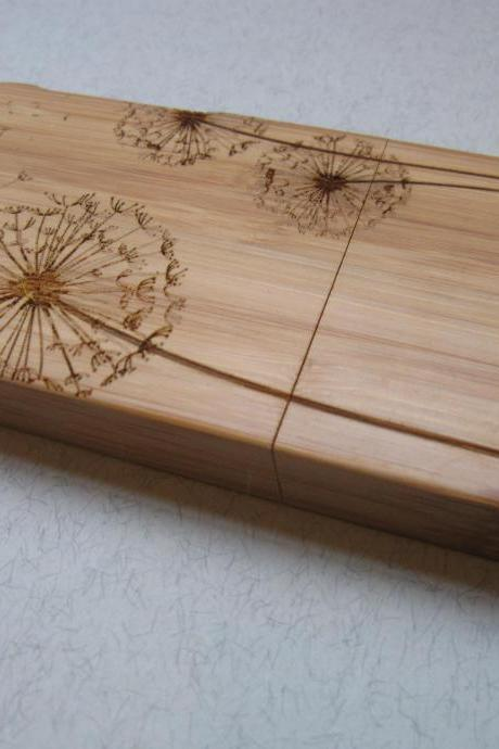 Iphone 5 case - wooden cases bamboo, cherry and walnut wood - Dandelion - laser engraved