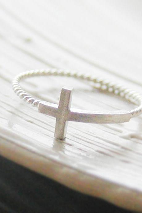 Sideways cross ring 6 size in white gold , twisted ringband , everyday jewelry, delicate minimal jewelry, Happy price for this ring! $13 => $7!!!