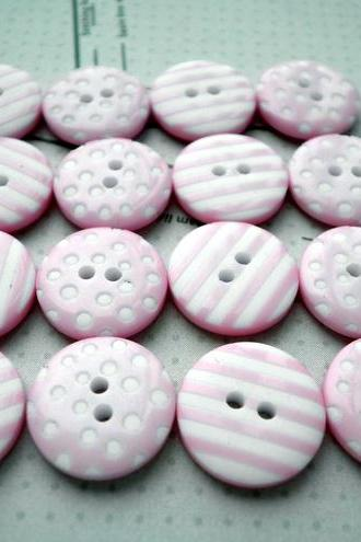 20x 12mm Baby Pink Spot & Stripe Buttons