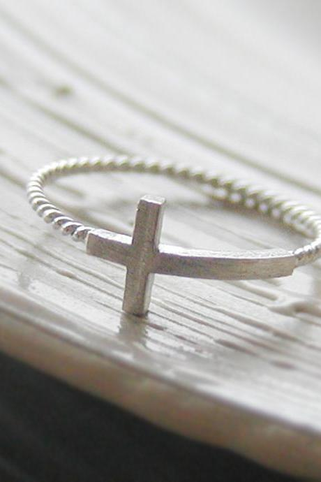 Sideways cross ring 6.5 size in white gold , twisted ringband , everyday jewelry, delicate minimal jewelry, Happy price for this ring! $13 => $7!!!