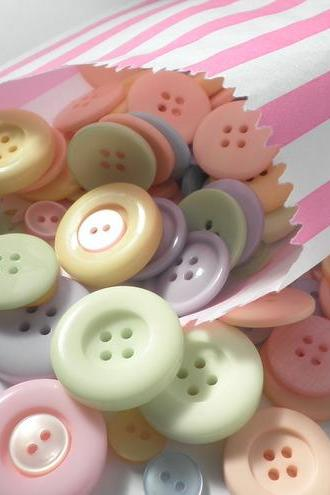 250g Bag of Dolly Mixture Buttons
