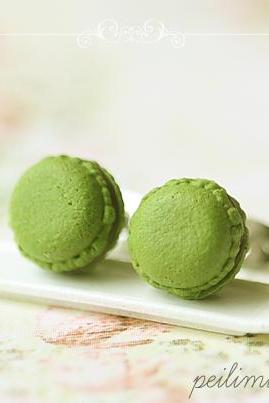 Macaron Earrings - Food Earrings - Green Tea Matcha Macaron Earrings