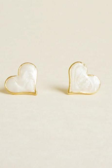 Large Sexy Pearl White Heart Stud Earrings - Gift under 10