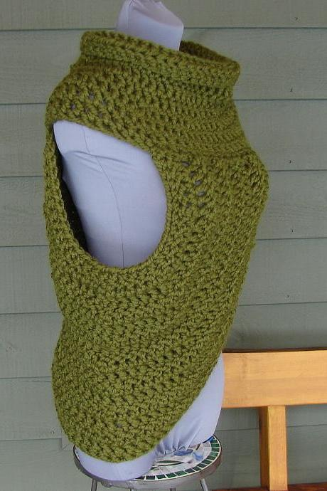 Half Sweater Cowl Wrap Huntress - Cilantro Green