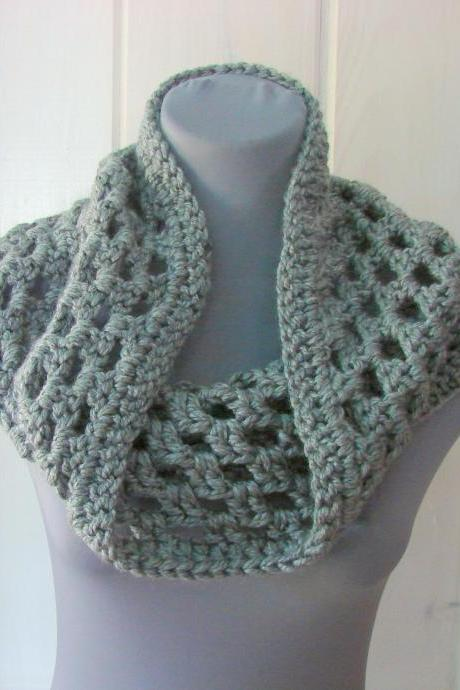 Chunky Granny Cowl Snood Cowl Scarf - Oxford Gray