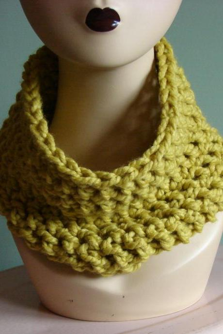 On Sale - Chunky Cowl Snood Cowl Scarf - Citron (Yellow)