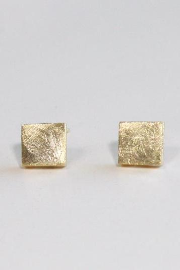 Tiny textured square earring
