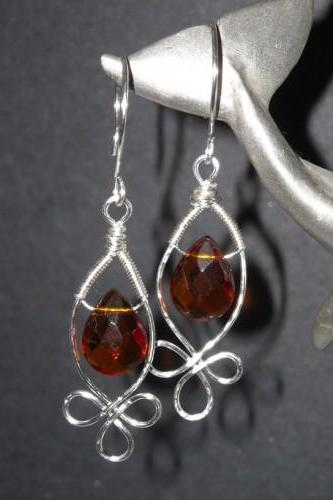 Celtic Buds w Faceted Amber Colored Teardrop