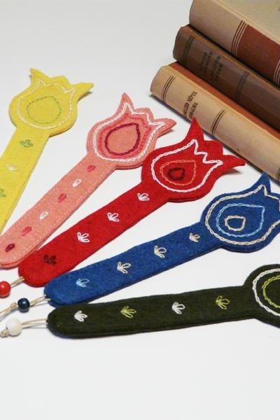 Felt bookmarks Embroidered tulip bookmark 5 pieces set