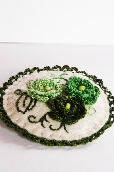 Felted crocheted brooch Green roses hand embroidery