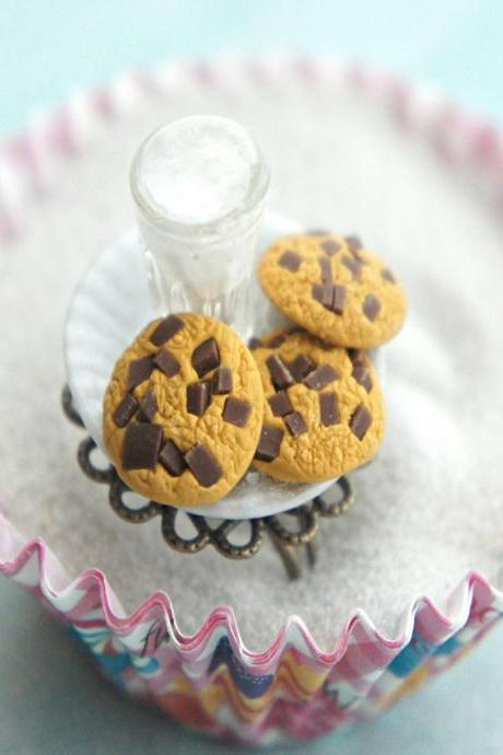 cookies and milk ring