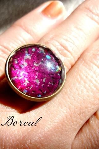 Sparkly Red adjustable glass ring