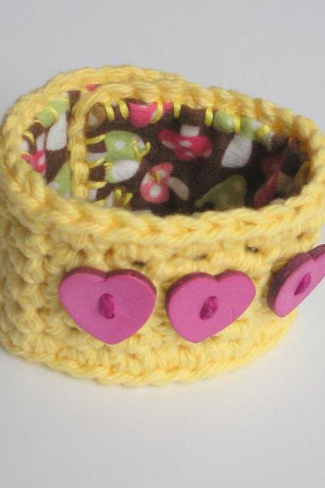 Yellow Cotton Crochet Cuff Bracelet with Pink Heart Buttons, ready to ship.