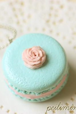 Food Jewelry - Aqua Macaron With Rose Necklace