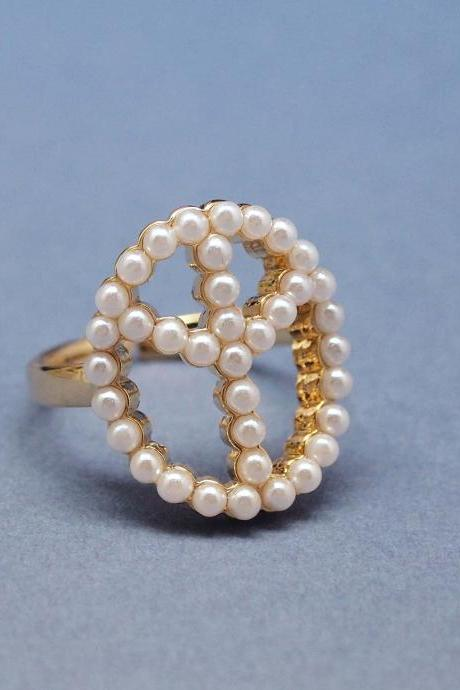 Peace sign with Pearl in Gold - Adjustable Ring