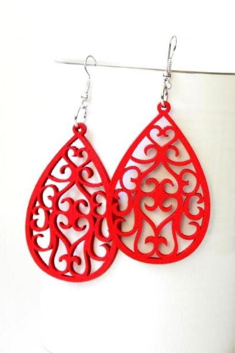 Red Angle Curtain Drop Filigree Cut Wood Earring