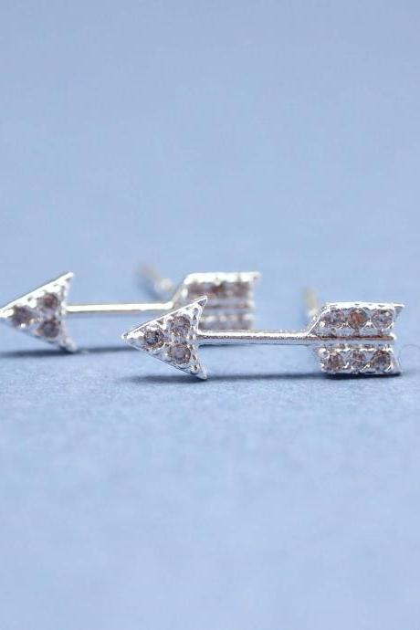 Arrow with cubic zirconia detail pendant earrings in silver