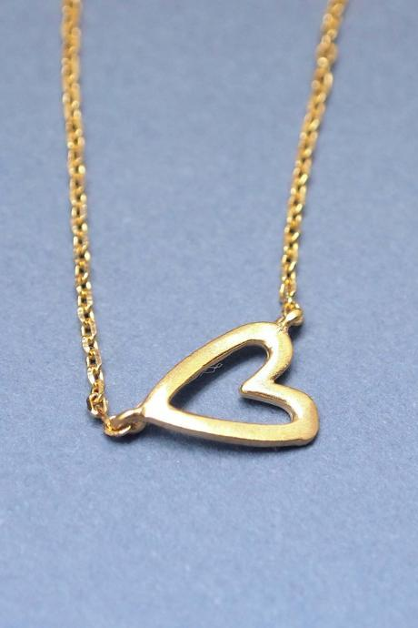 Sideways Open Heart Necklace in gold