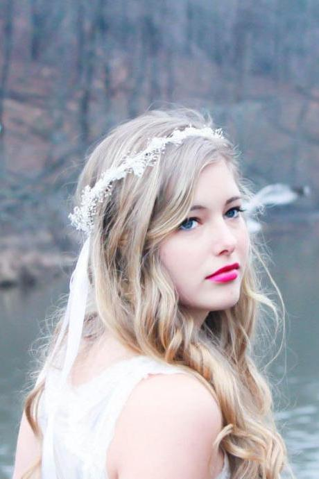 wedding headpiece, bridal hair crown, baby breath hair crown, flower headpiece