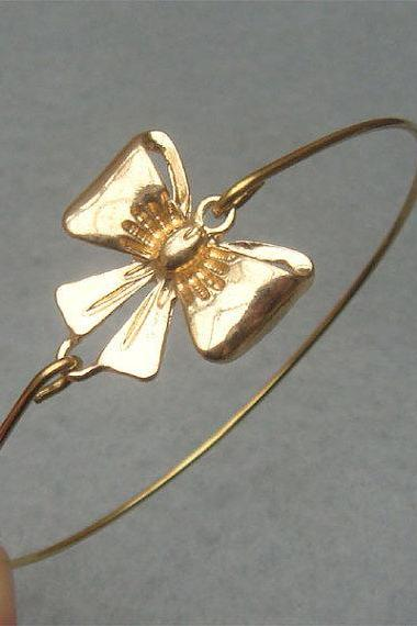 Lovely Bowknot Bangle Bracelet
