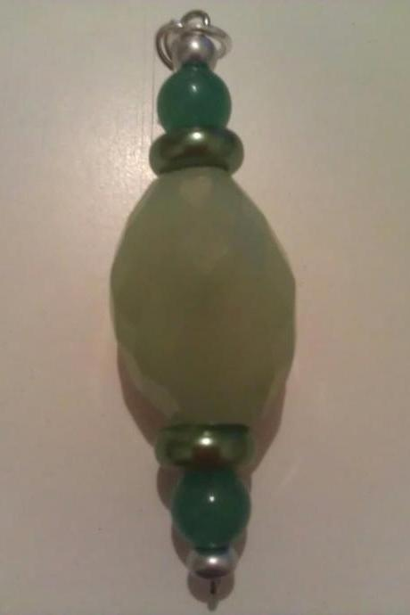 Light Green Jade Green Glass Pearls Green Agate Pendant