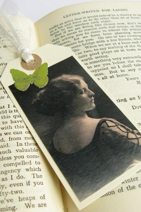 Elegant Edwardian Lady mini bookmark