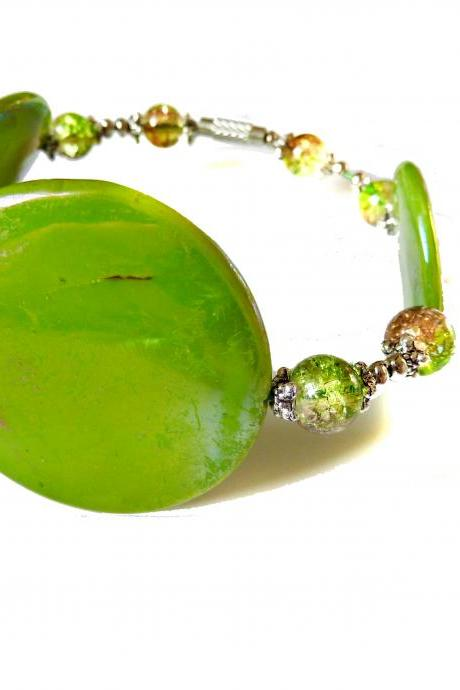 Sprayed shell bracelet peacock collection green