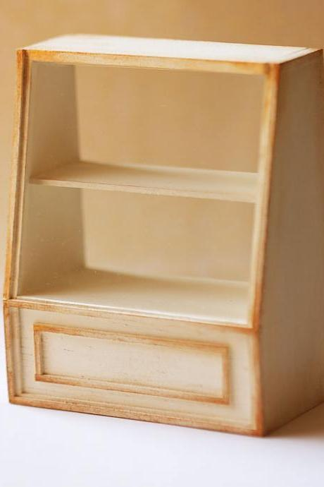Dollhouse Miniature 1/12th Scale Antique White Cake Shelf