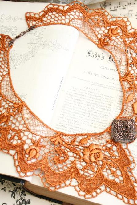 lace collar necklace -SARAH- (ombre burnt orange)