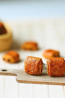 Food Earrings - Pain Au Chocolat Pastry Earrings Stud