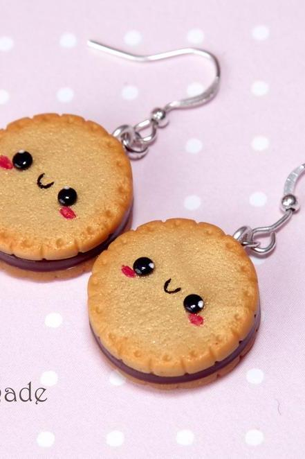 Kawaii cookie earrings with chocolate filling