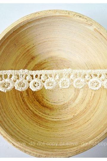 Gold circle loopy cotton trim