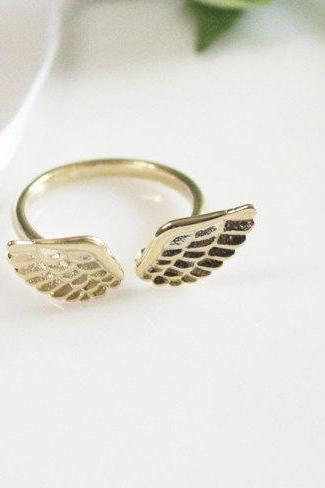 Tiny angel wing ring, knuckle ring, adjustable ring, everyday jewelry, delicate minimal jewelry