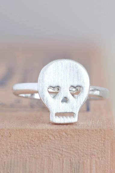 Silver Skull Ring, Skeleton Pirate Skull Head Ring - adjustable ring