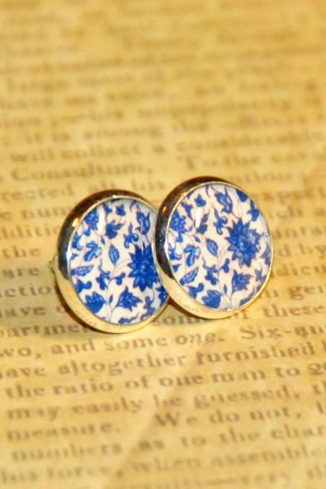 Pretty Blue Floral Silver Resin Post Earrings