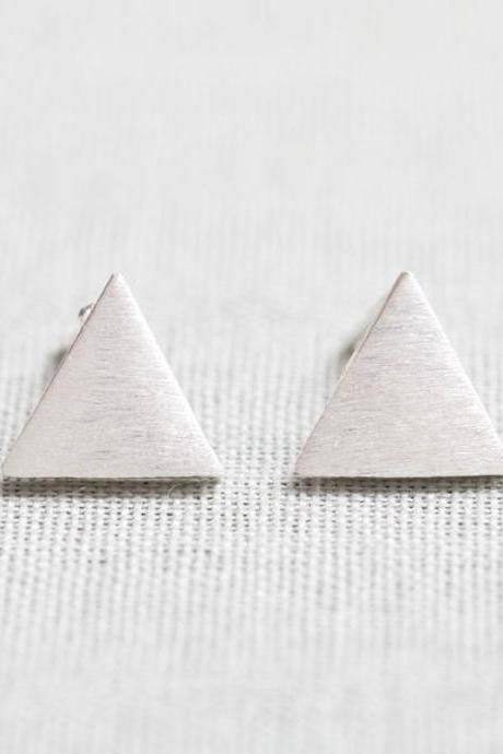 Brushed Circle stud Earrings in silver
