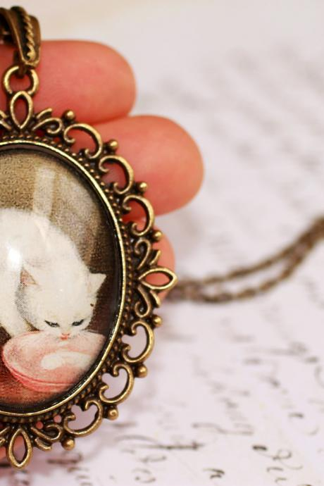 Cat portrait necklace, white kitten pendant, glass cat pendant, cat lover gift ideas