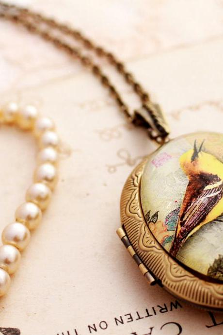 Glass bird photo locket, yellow bird picture locket, glass bird pendant