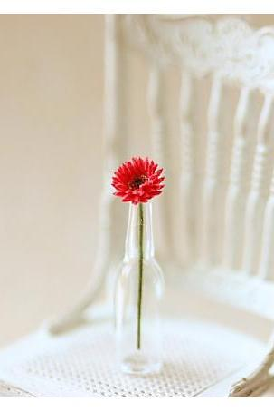 Dollhouse Miniature Flowers - Miniature Red Gerbera Daisy