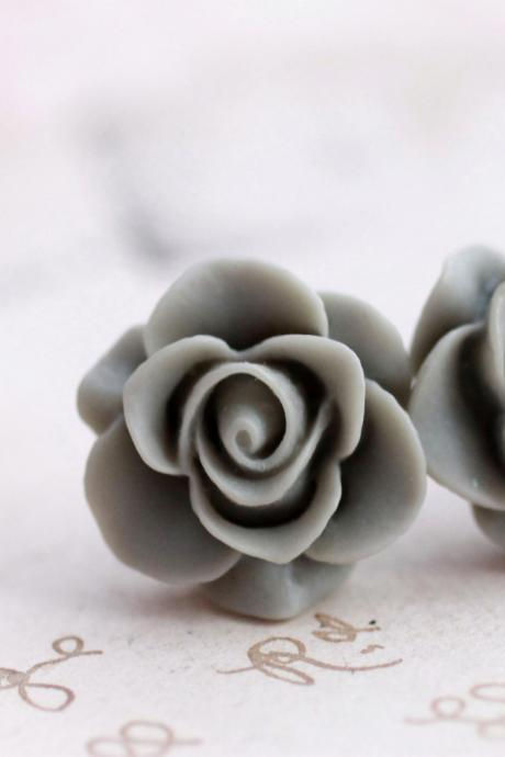 Resin rose earrings, resin rose studs, resin flower earrings