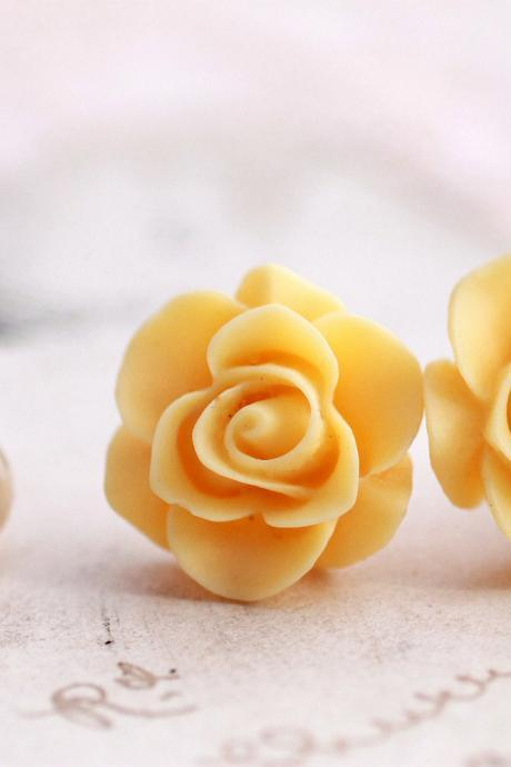 Yellow rose earrings, yellow flower earrings, yellow studs, bridesmaid jewelry