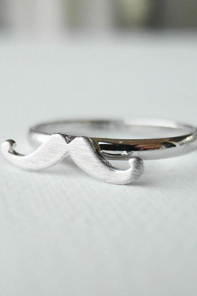 Tiny mustache adjustable ring in silver