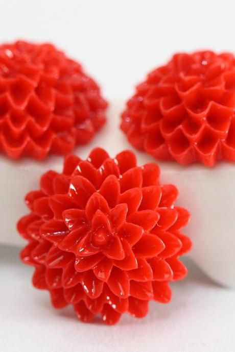 Red Dahlia / Mums Flower Resin Cabochons 10pc