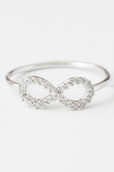 US Size 6.5 Simple Crystals INFINITY Ring In Silver