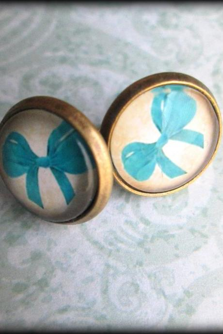 Cute bow earrings.Post earrings.Faux plugs.Bows.Bow jewelry.Blue.Vintage style.