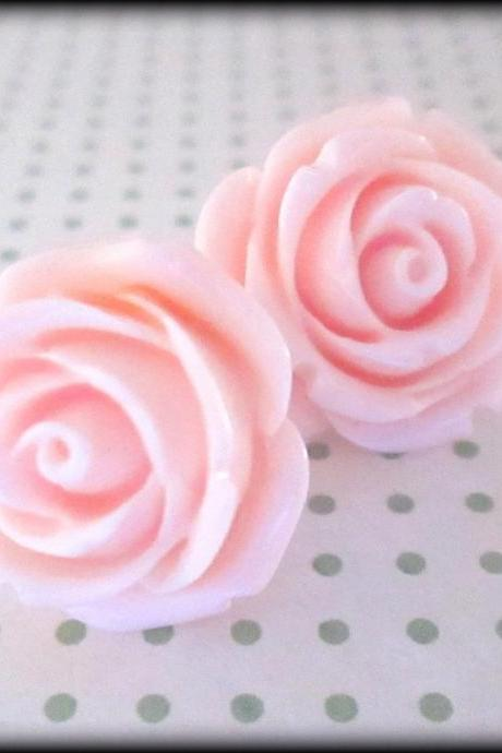 Pink rose post earrings.Pretty in pink.Pink roses.Bridesmaid jewelry.Rose jewelry.