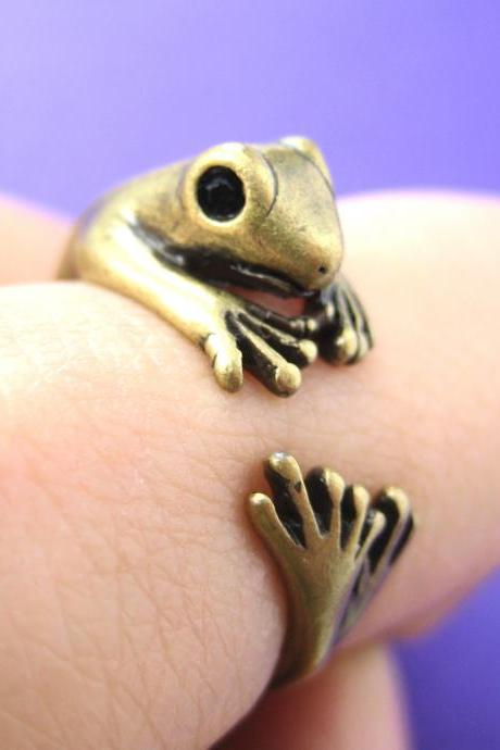 Realistic Gecko Frog Animal Wrap Around Ring in Brass Sizes 4 to 9