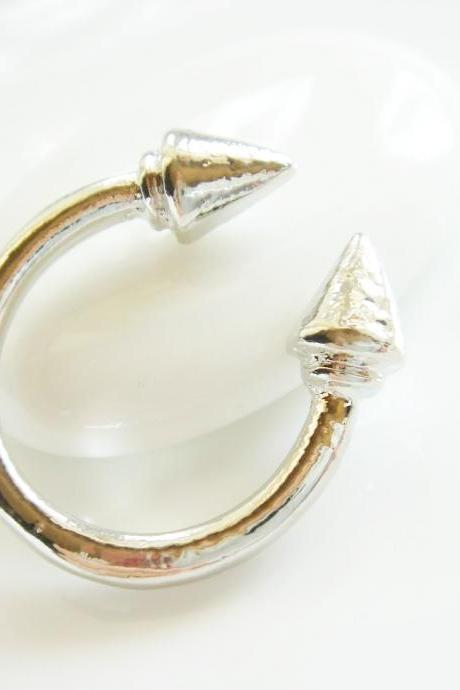 Silver Plated Illusion Pointy Illusion Ring R60