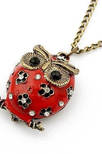 Vintage Style Red Owl Pendant Necklace