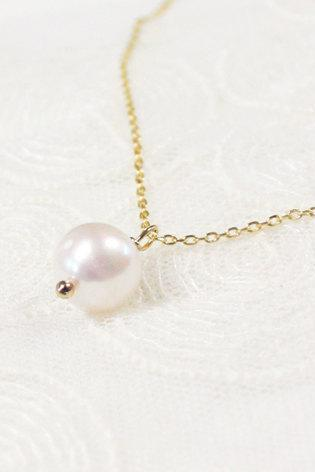 White pearl necklace, freshwater pearl, everyday jewelry, delicate minimal jewelry